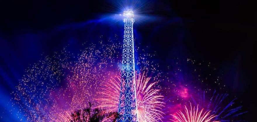Watch the Bastille Day fireworks from the Seine